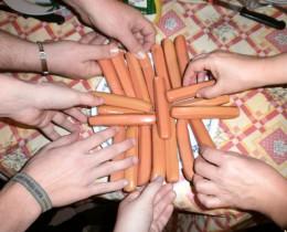 Niki és barátai az nyeremény ORSI virslivel