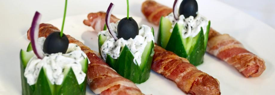 ORSI sajtos virsli baconben, snidlinges juhtúróval